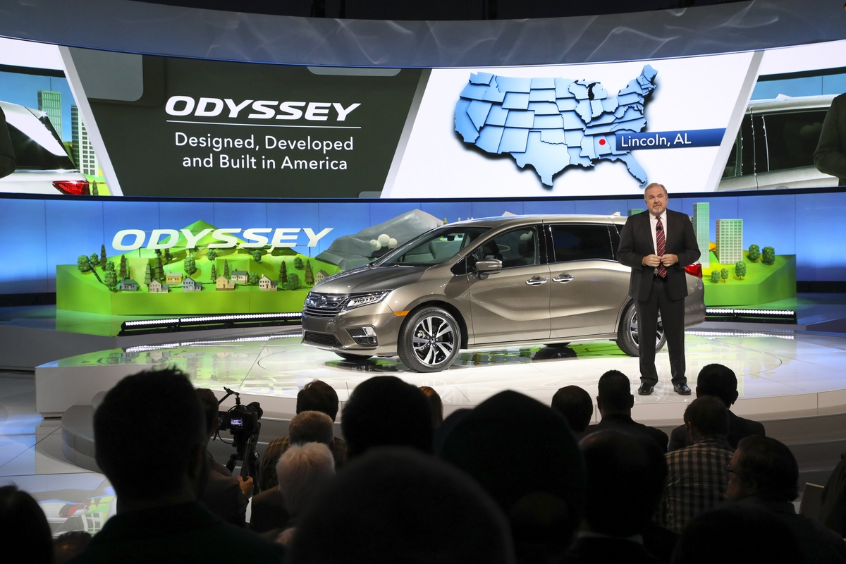 ​All-New 2018 Honda Odyssey Minivan Makes World Debut at 2017 NAIAS