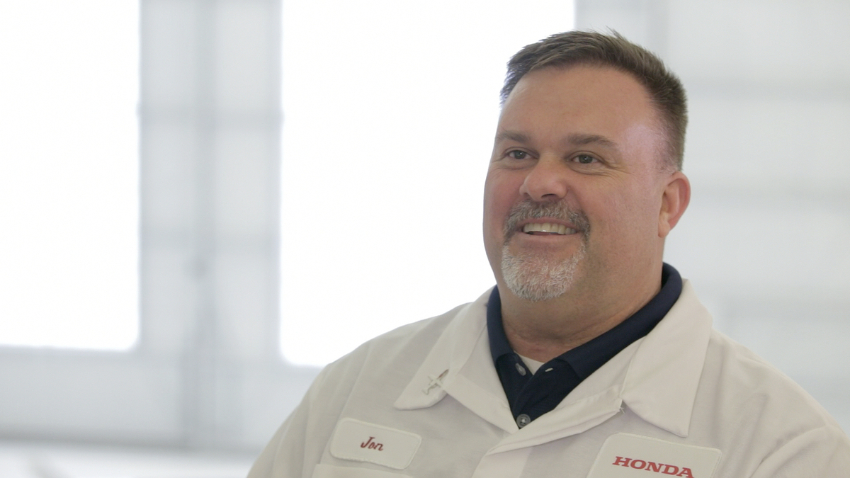 Honda Aircraft Manager Jon Wells is Who Makes a Honda