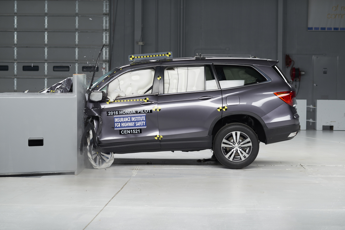 ​All-new 2016 Honda Pilot Earns a 2015 TOP SAFETY PICK+ Rating from the IIHS